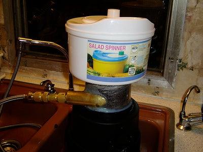 Build a CD Turbine Kitchen Gadget :   the SaladSpinner