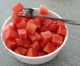 How To Professionally Cube Watermelon With Three Cuts!