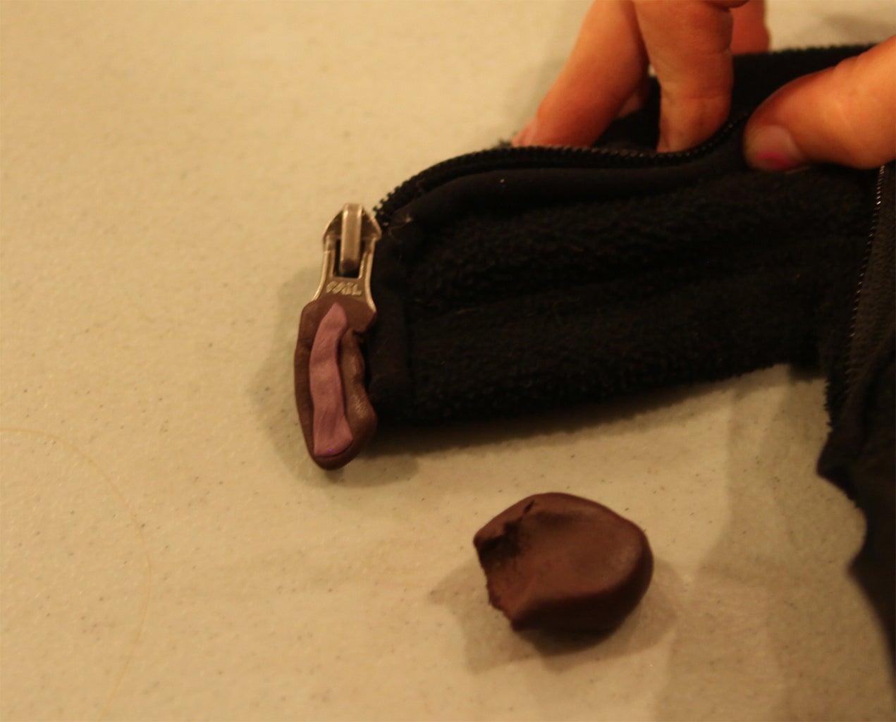 Sugru Zipper Pull
