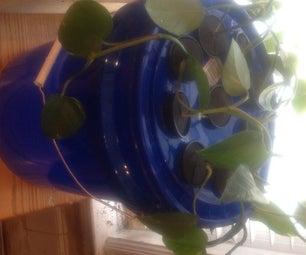 Bucket Aeroponic Plant Propagator