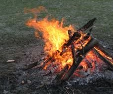 Two Ways to Set Up Your Fire With Helpful Tips