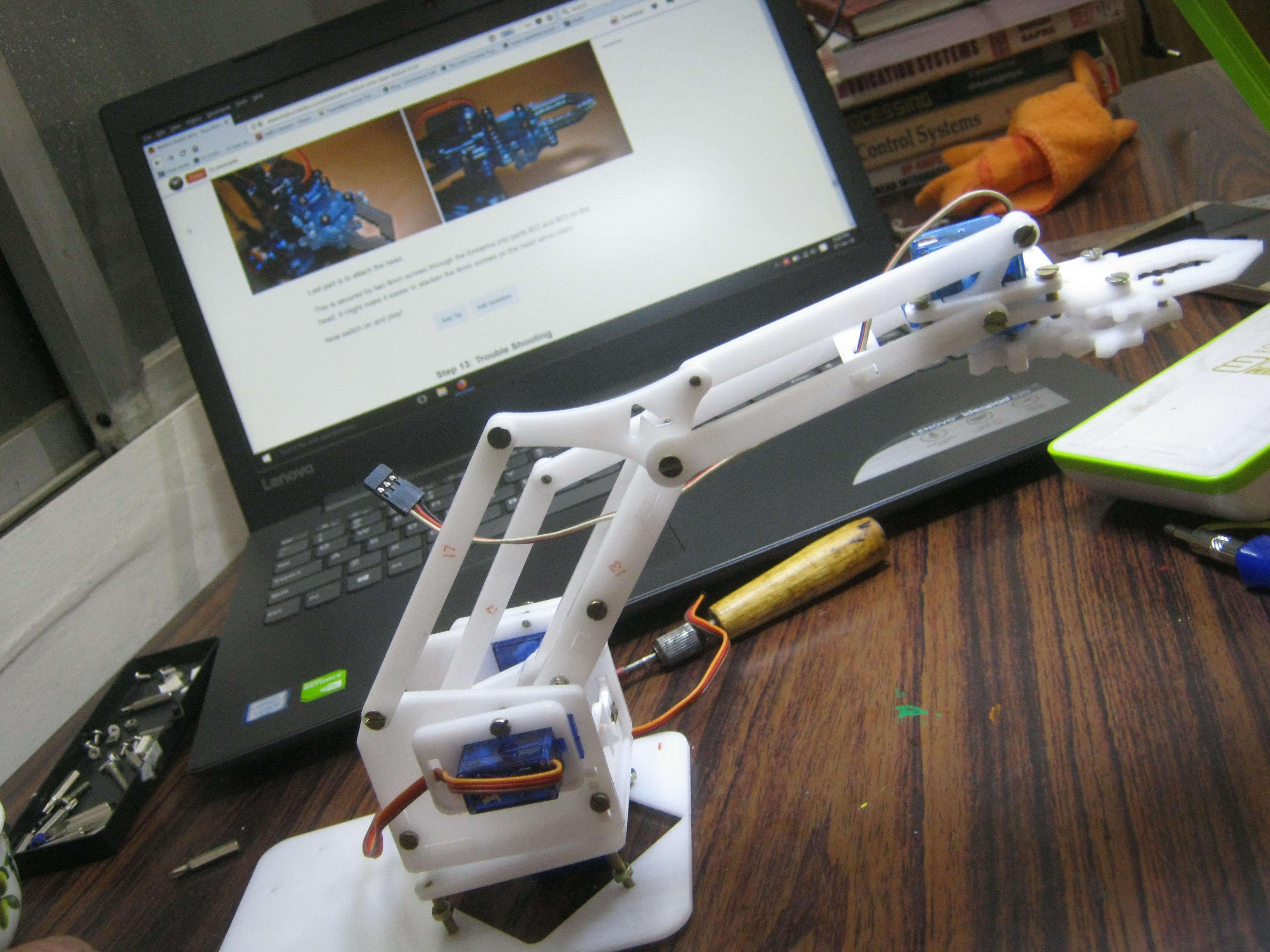 MeArm Robot Arm - Your Robot - V1.0