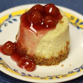 No Bake Microwave Cheesecake (Made in a Mug!)