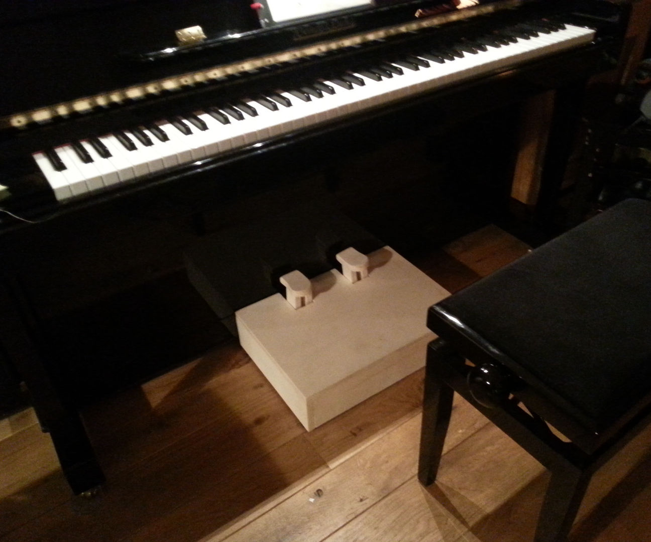 Simple Piano Pedal Extender for Children