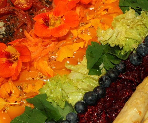 Rainbow Hors-d'oeuvre for Two - Colourful, Delicious and Highly Nutritious