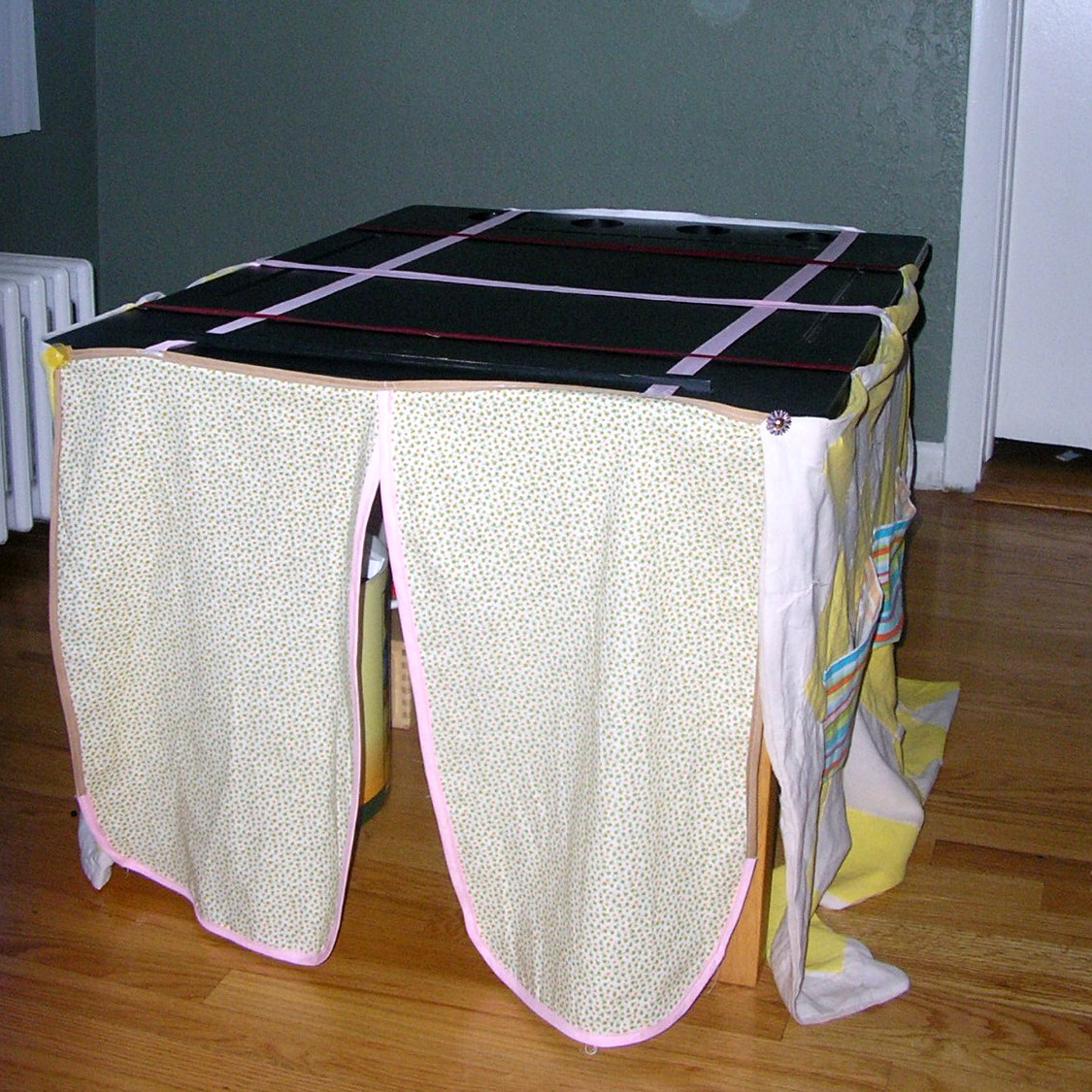 Simple table tent