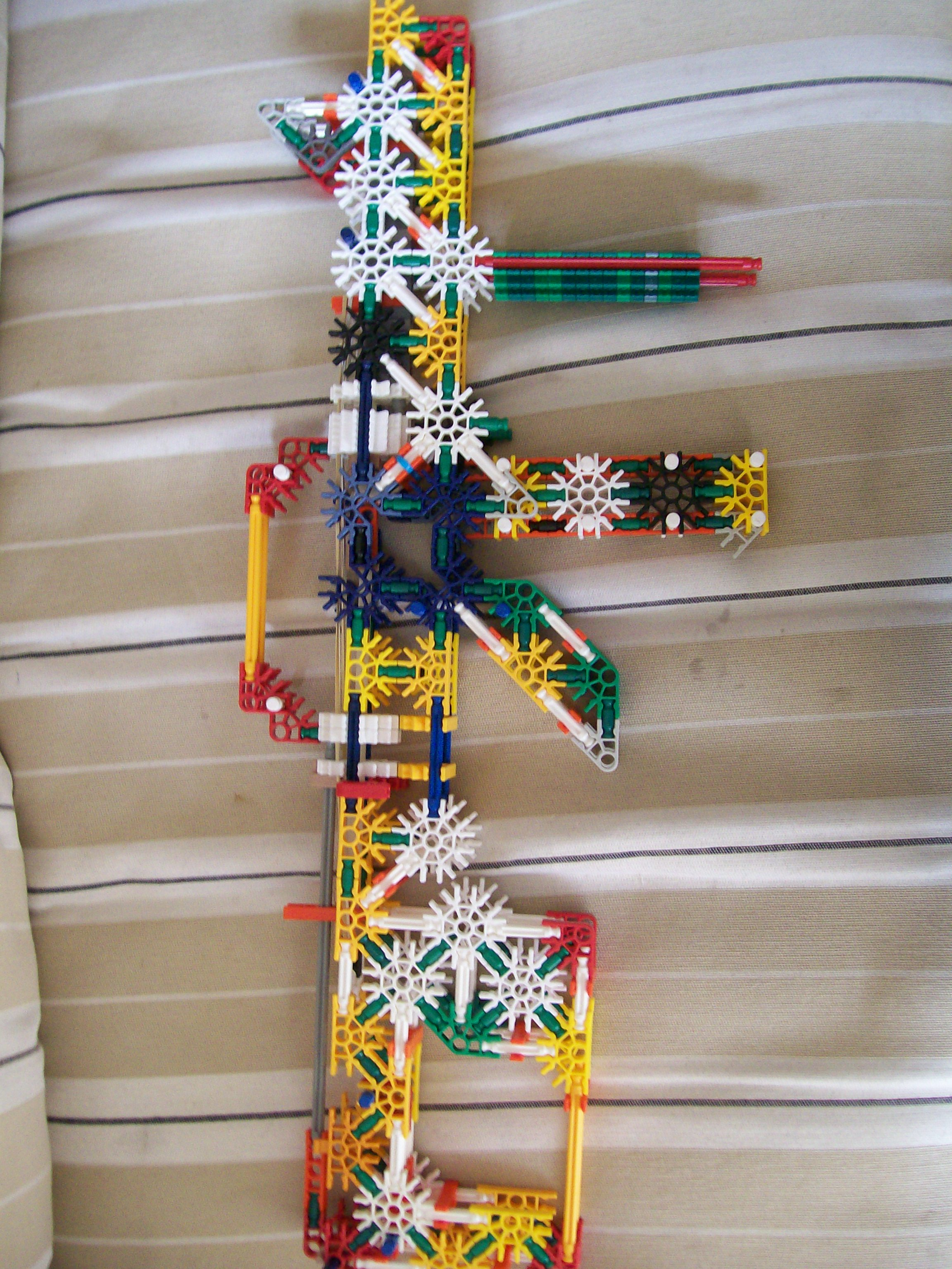 Danny's knex m4 carbine working modle
