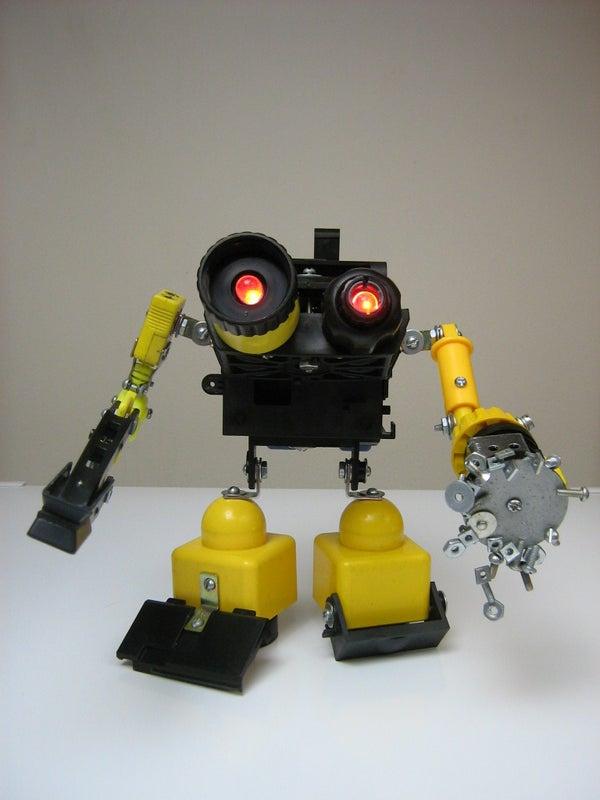Stitch, the Desk Junkbot!