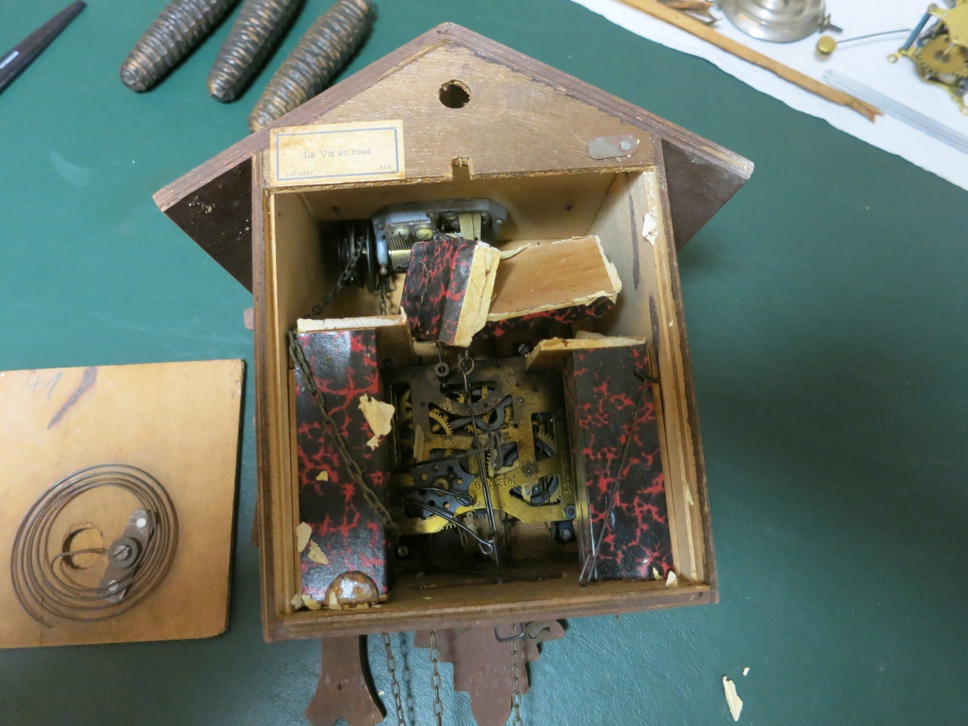 Cuckoo Clock Bellows Clips for Storage or Shipping