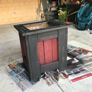 DIY - Planter Box Using Reclaimed Wood