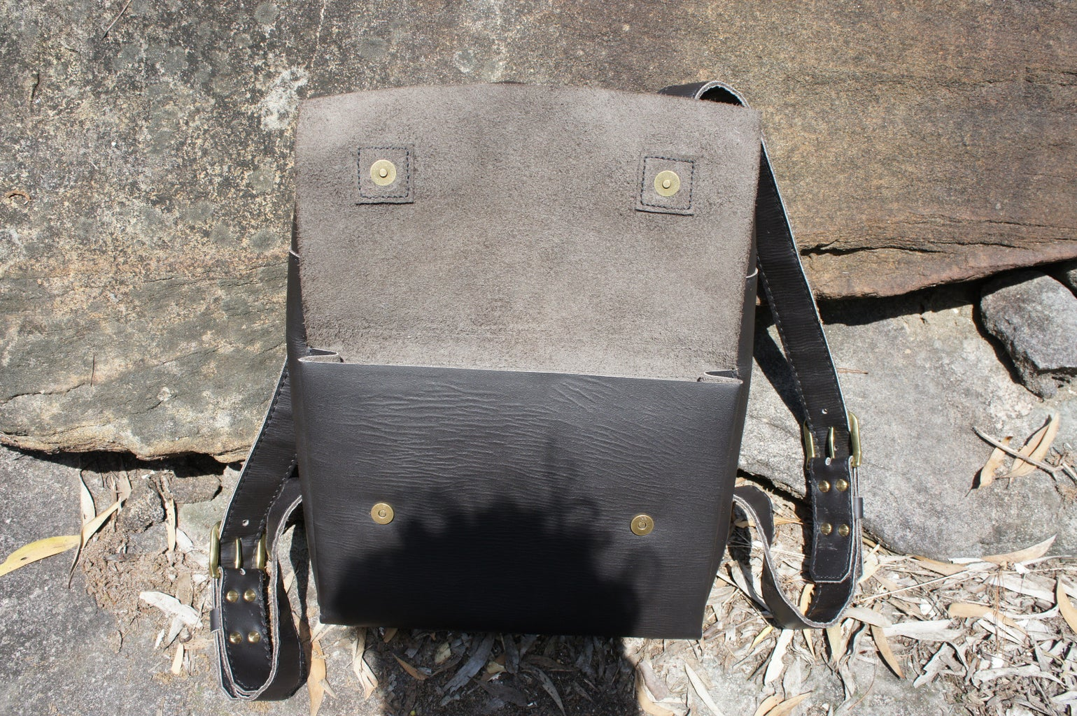 Leather Backpack, Stitch-by-stitch!
