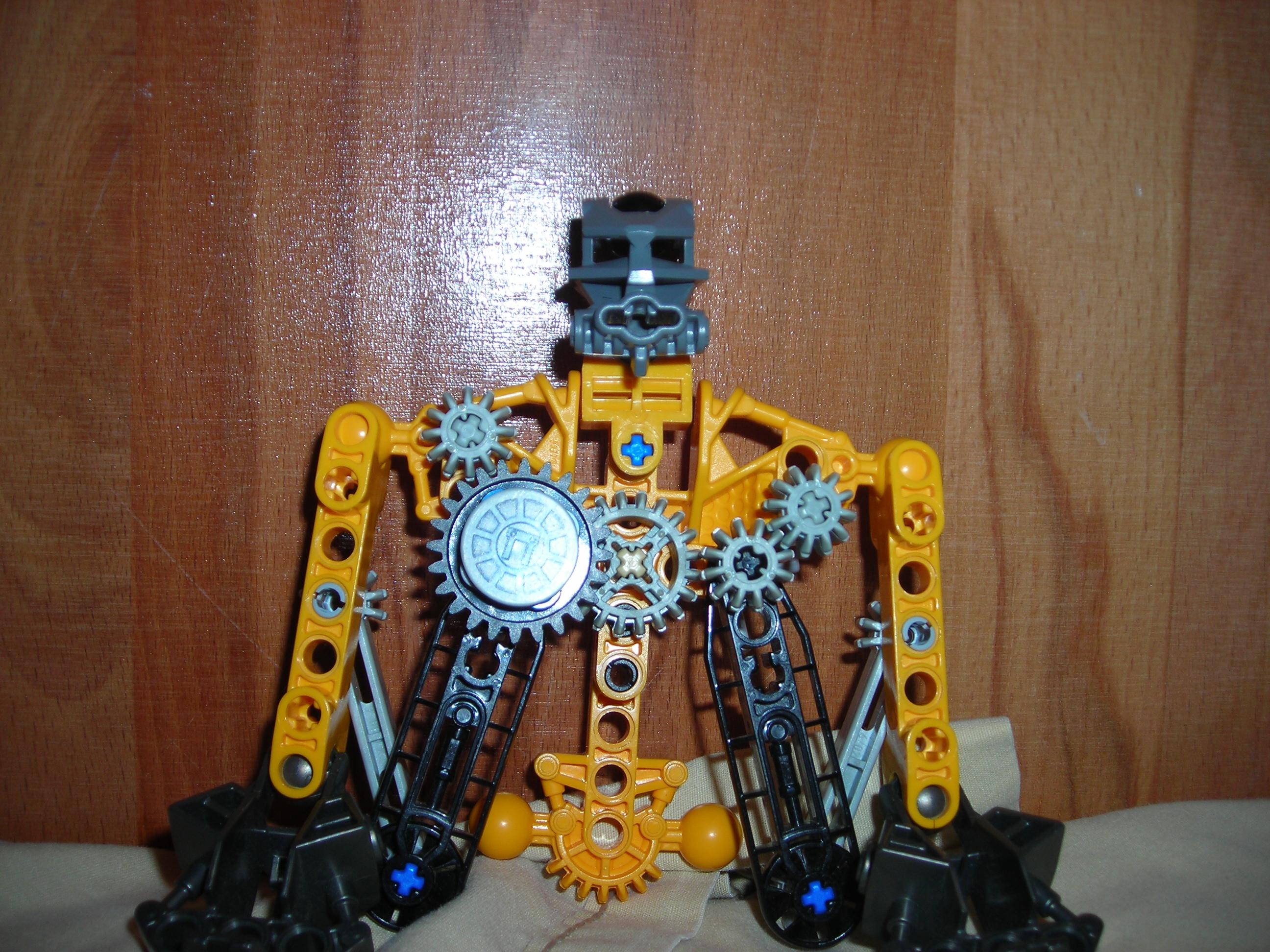 Clockwork Bionicle robot