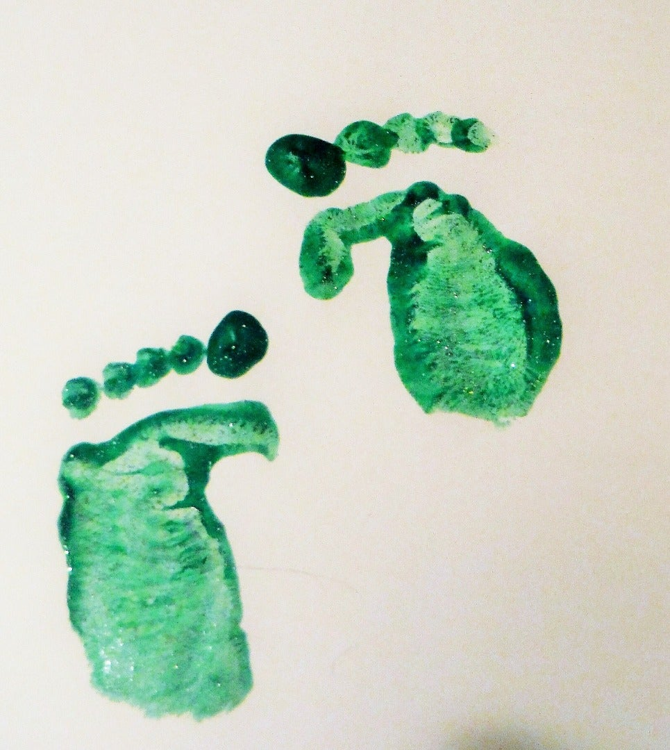 Make Leprechaun, Tooth Fairy, or Any Small Character's Footprints