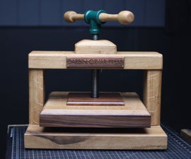 Classic Oak Book Press W/Dovetails