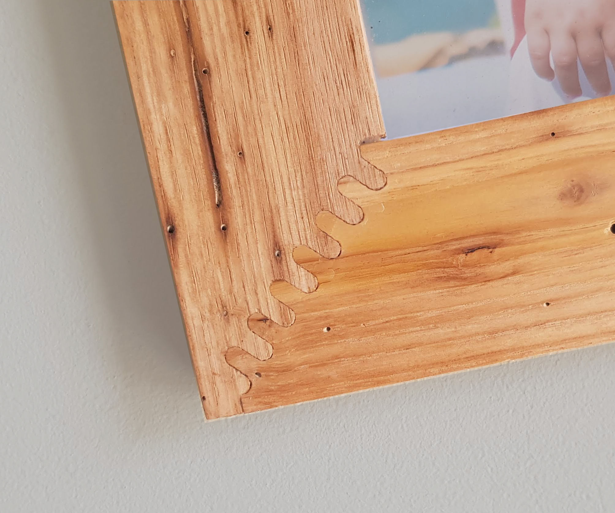 Picture Frame With a Strong CNC Joints
