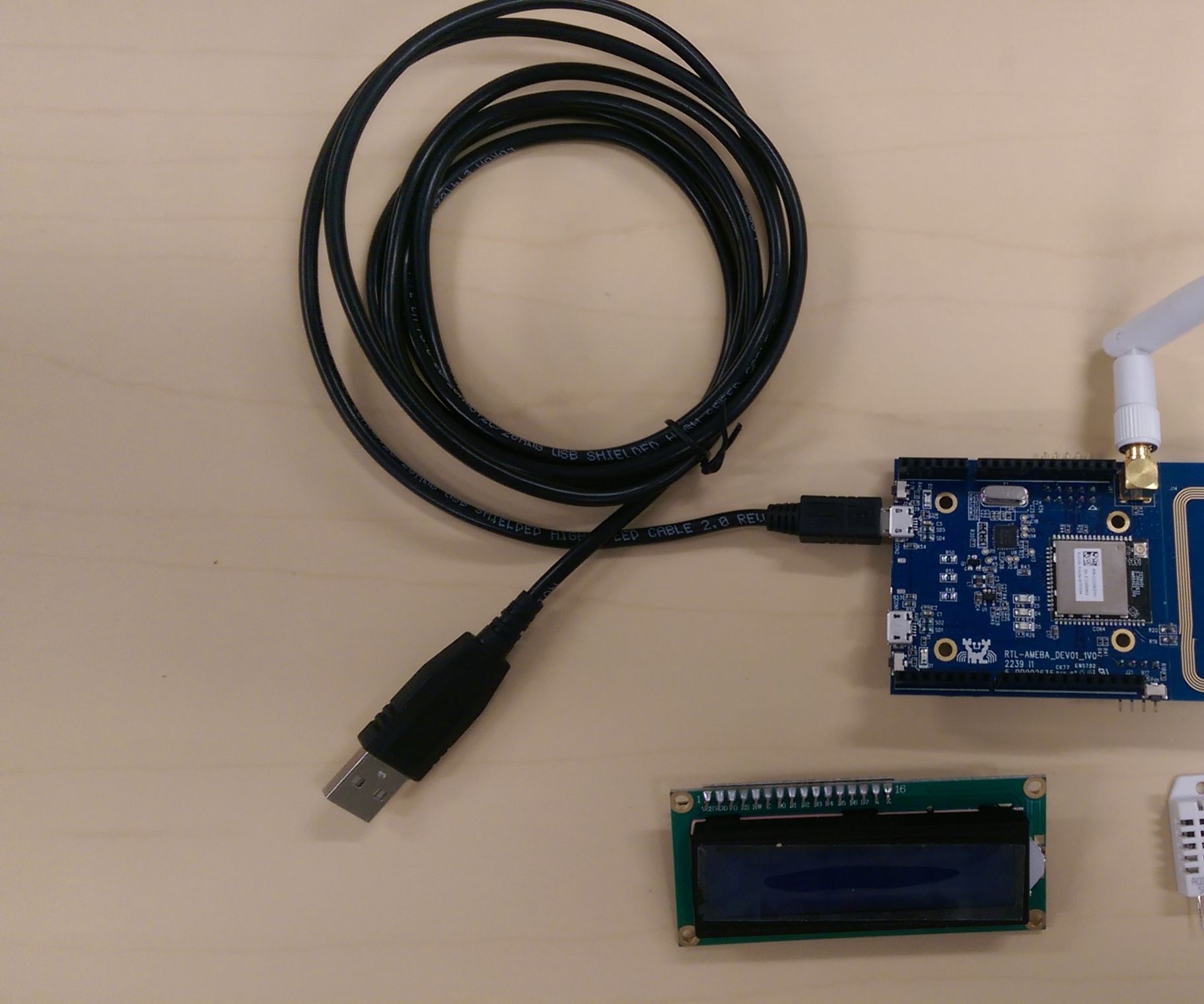 Ameba Arduino Calendar With Humidity and Temperature
