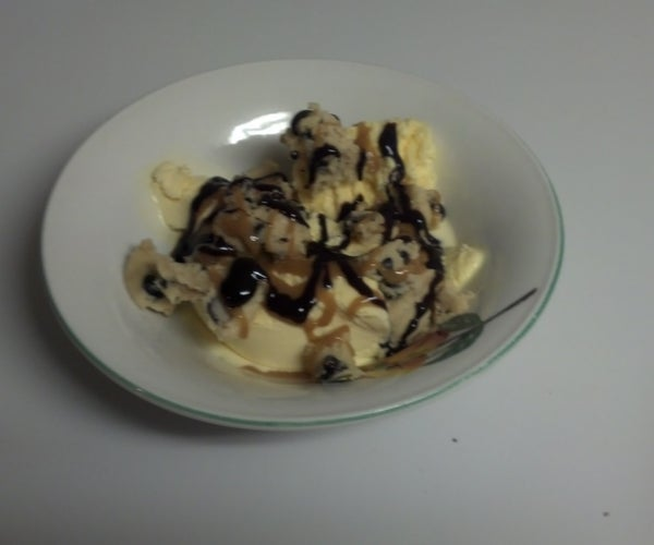 Cupid's Chocolate Chip Cookie Dough Icecream