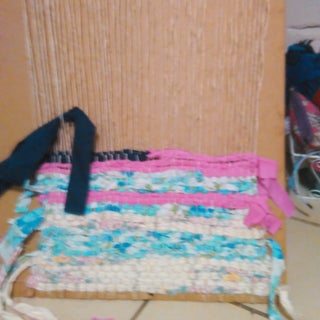 Small Scale Weaving Loom