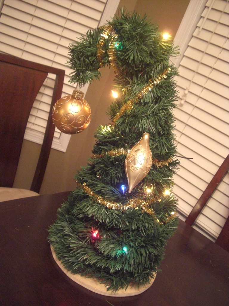 Worlds Easiest And Coolest Grinchmas Tree 5 Steps With Pictures Instructables