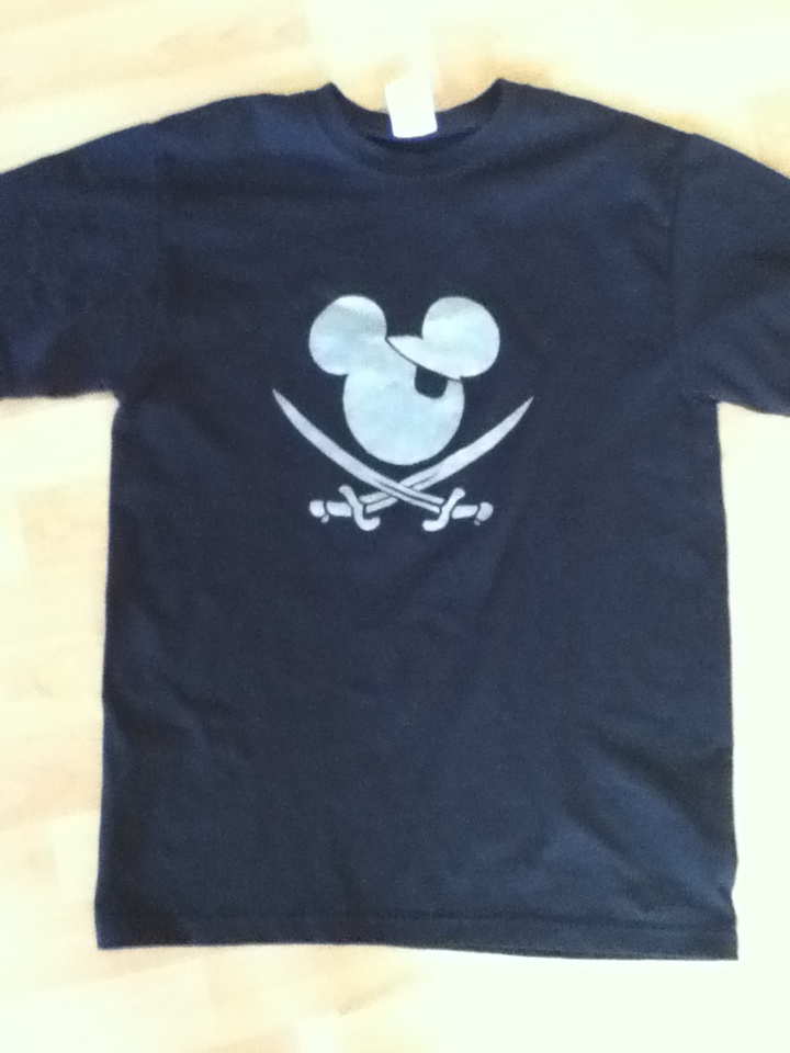 Custom T-Shirt Painting