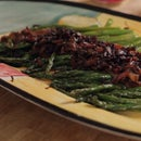 Asparagus With Balsamic Onions and Bacon