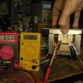 MOT-electromagnet-1A-through-primary-winding.jpg