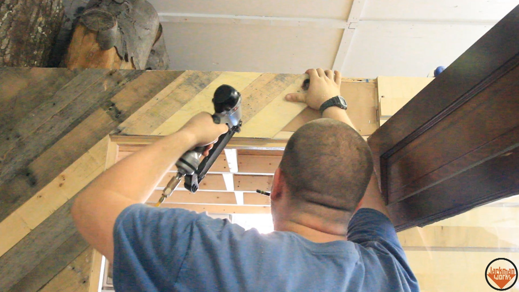Installing Pallet Wood Paneling