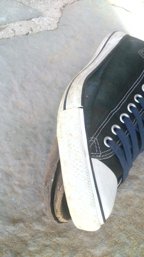 Emergency Shoe Repair With Sugru