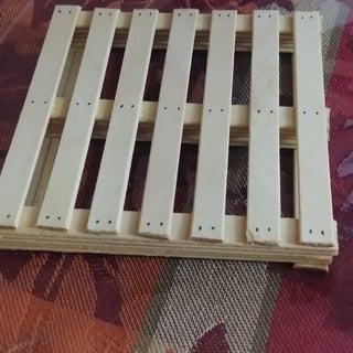 DIY Palette Coaster