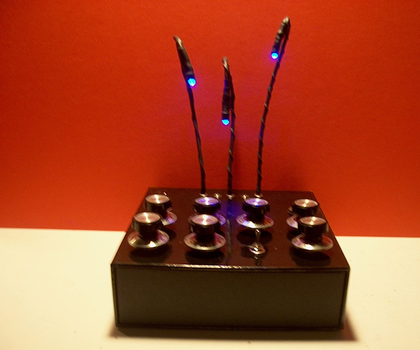 Building the Blinquencer- a light controlled random music box