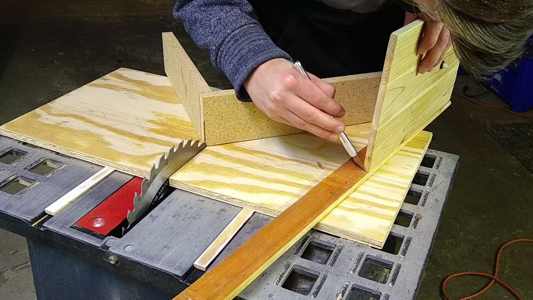 Cutting the 45-degree Angles