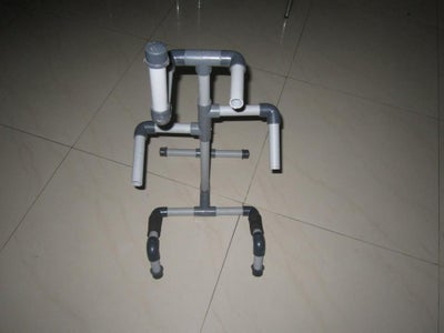 PVC Pipe Guitar Stand