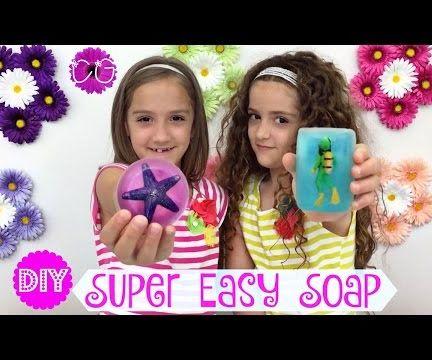 DIY HOMEMADE SOAP!  SO EASY!