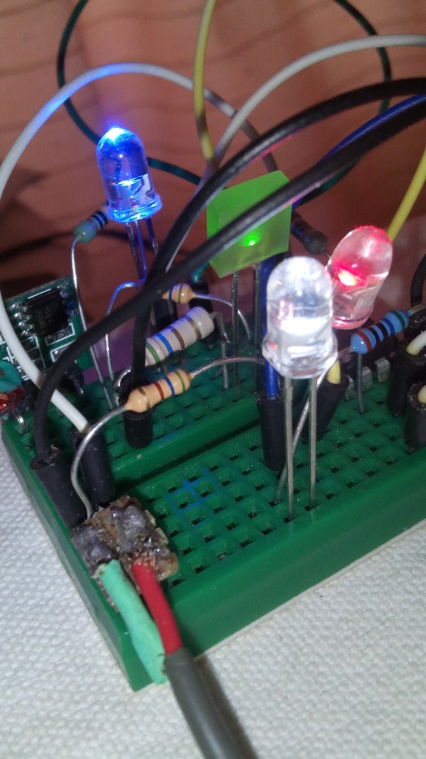 Four Channel 'Fake TV' With Arduino or Attiny