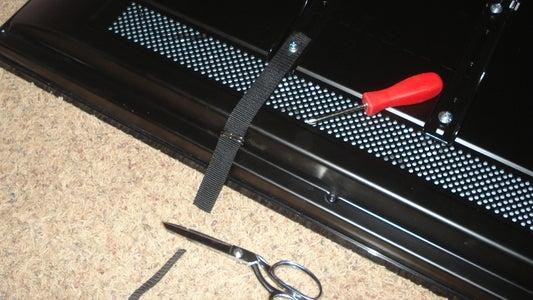 Make TV Mounts From Nylon Webbing
