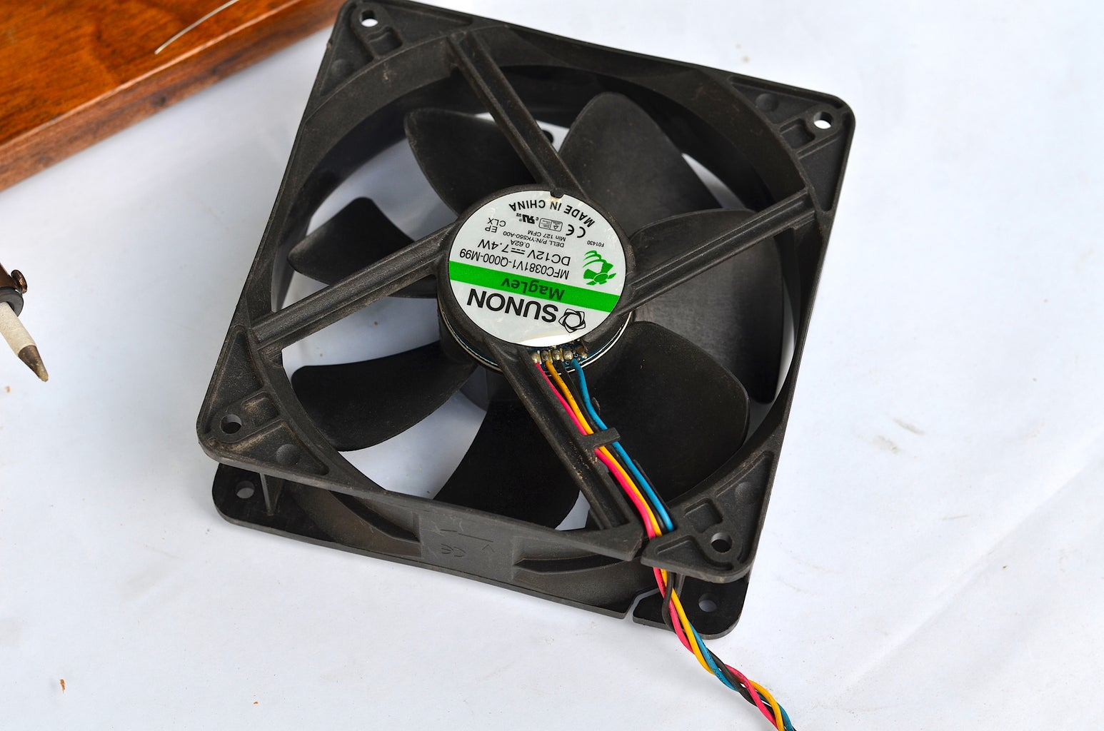 Mounting the Fans