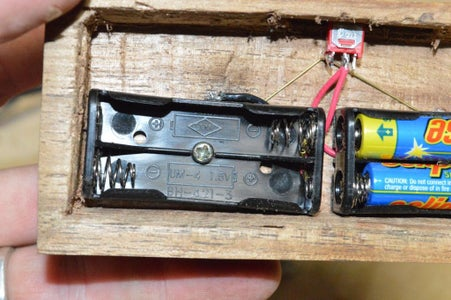 Wiring the Battery Holders