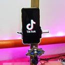 A  Robot That Shoots Videos in Tik-Tok