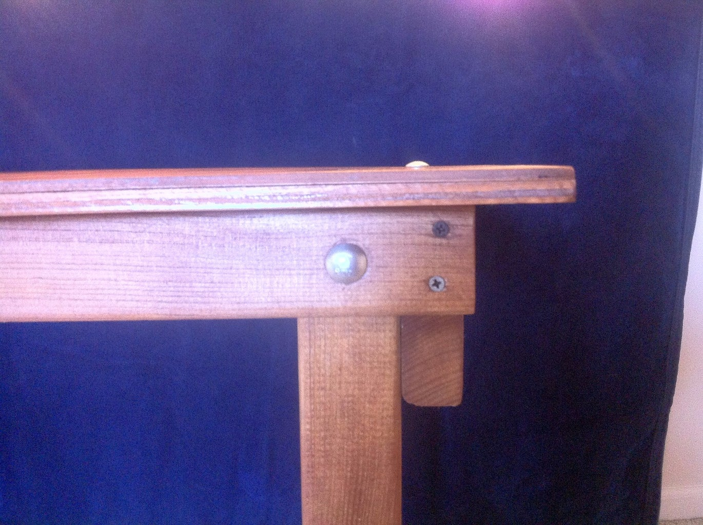 MOUNT TOP AND DRILL LOCKING HOLES