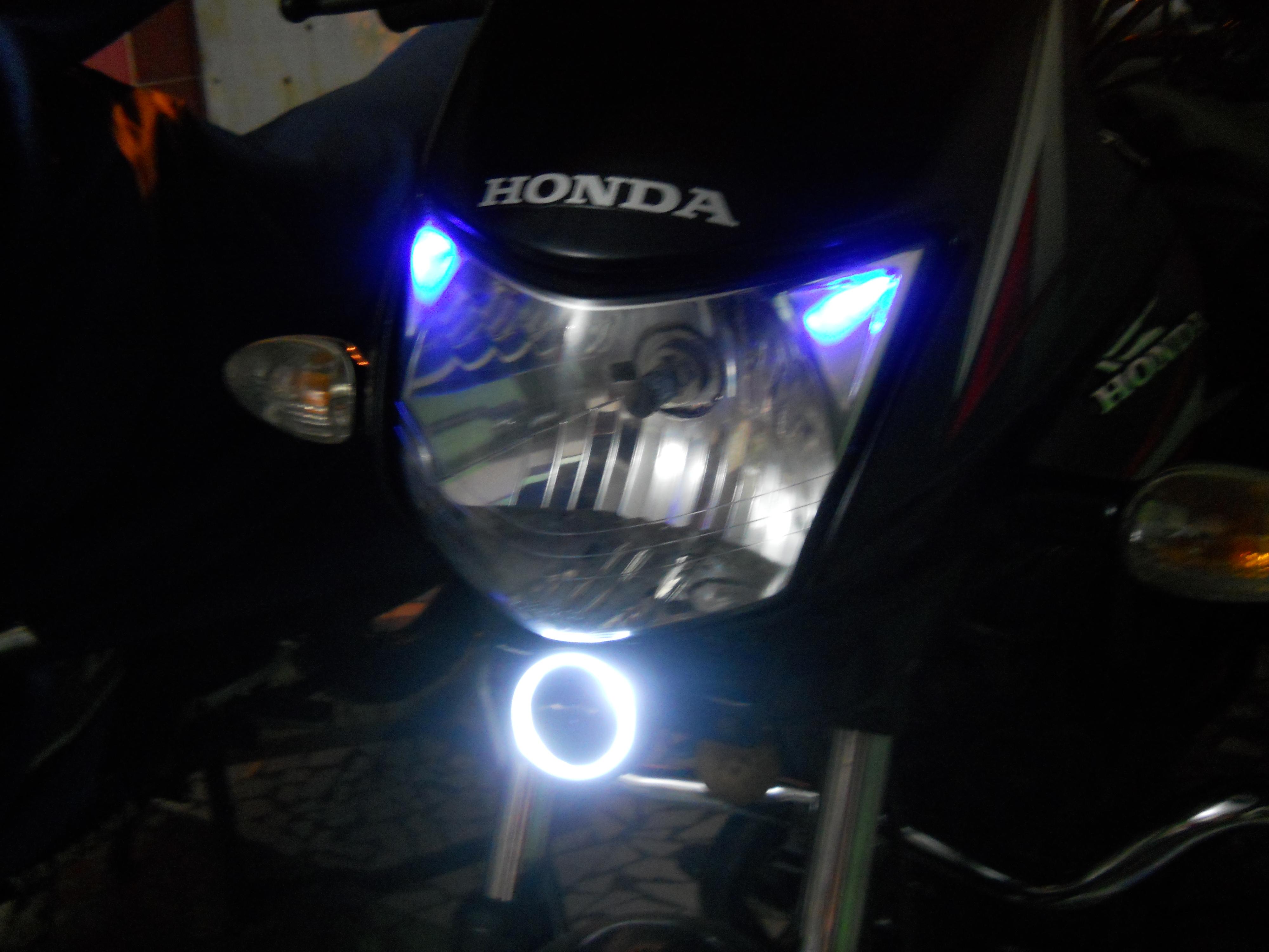 Angel eye using Torch light