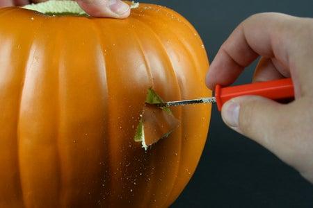 Cut/Carve Up the Pumpkin
