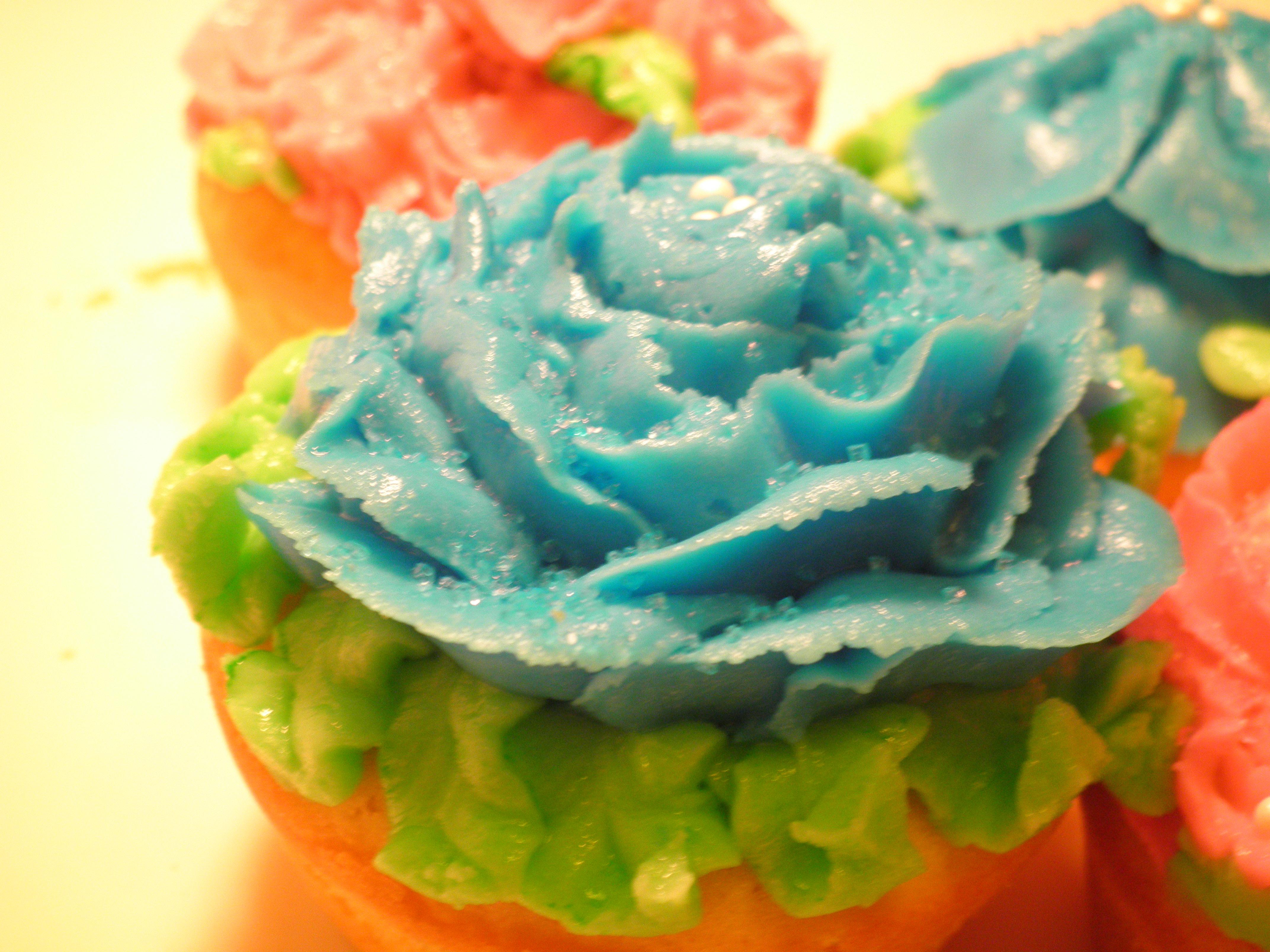 Fancy Flower Cupcakes
