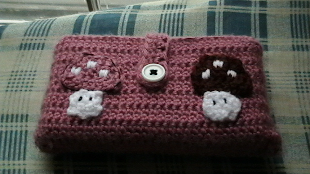 How to crochet a Nintendo DS case (for the Lion Brand Yarn Challenge)
