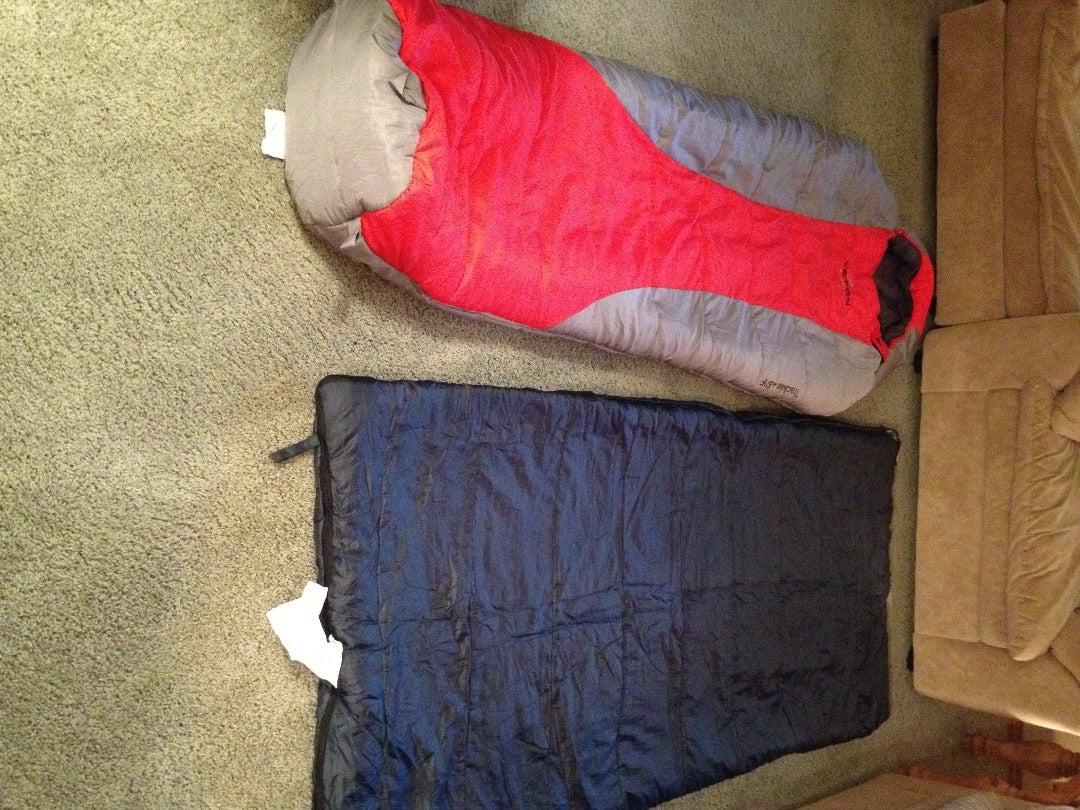 Lay Sleeping Bag Out