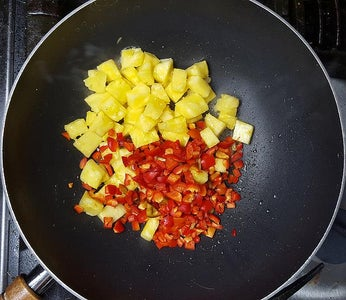 Cook Pineapple & Peppers