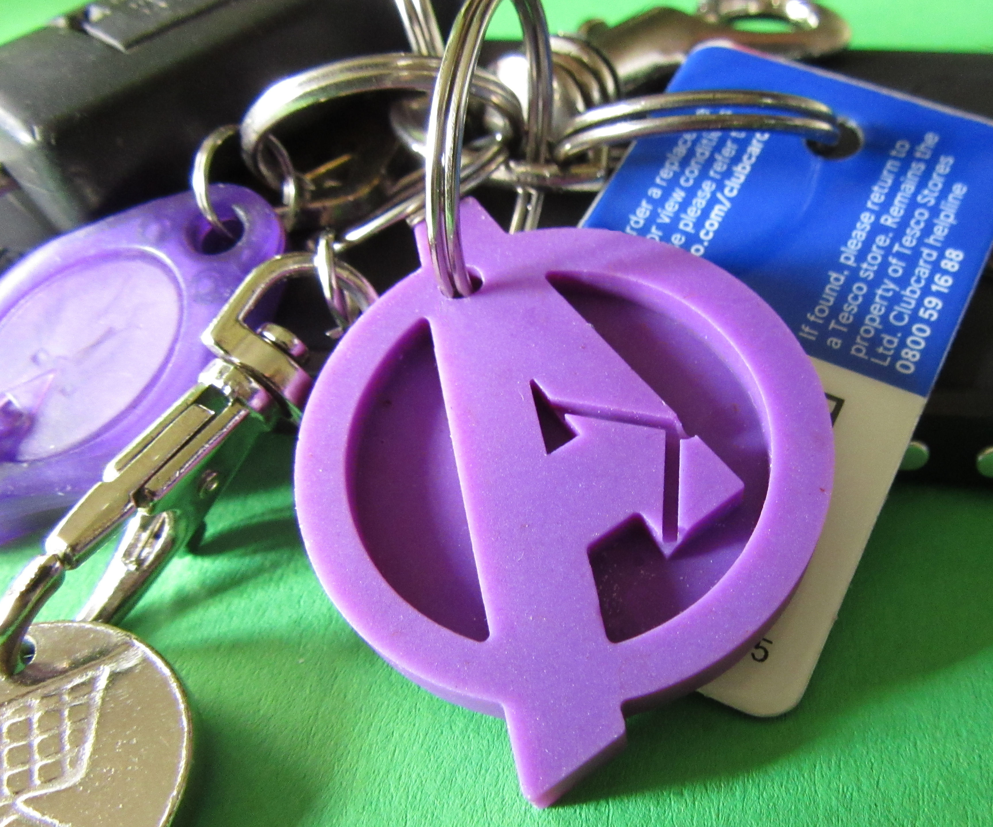 Keyrings Made From Ice Cube Trays and Pony Beads