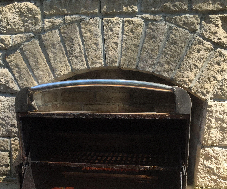 Barbecued Mini Pizzas!