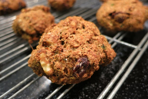 Vegan Flaxy, Fruity, and Nutty Pulp Cookies (and Muffins)