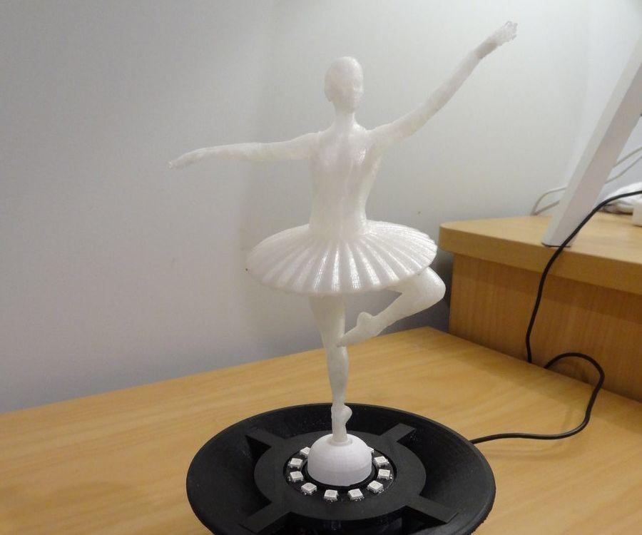 Dancing Ballerina - Light, Music, Action