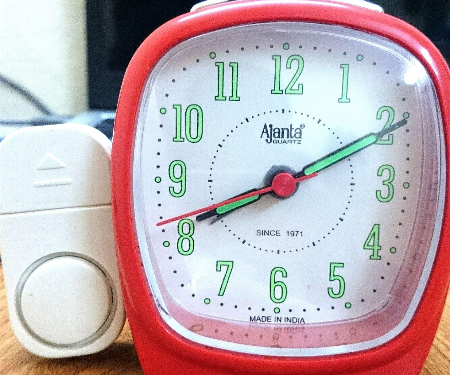 Extreme loud alarm clock